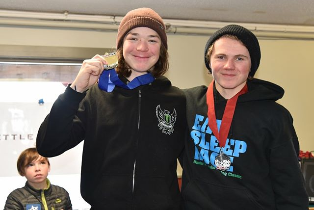 A double gold this weekend at Sunday River's BX. Also got to race with my donek teammate @cashz123. #doneksnowboards #fuelforanything #vtpeanutbutter #vtpb