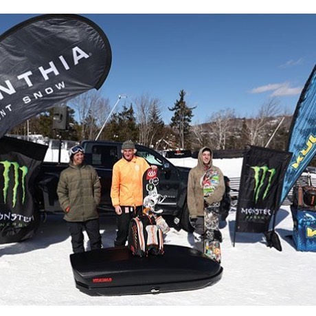 2nd place in the C.O.M.P. @carinthiaparks pro class!!! EVERYONE absolutely KILLED it today! And had a fantastic time meeting new people 🙏🤘🙏 @powe.snowboards @mountsnow #ridegreen #livegreen #powe. #nystyle #pumped #crushingit 💯🔥🔥🔥💯