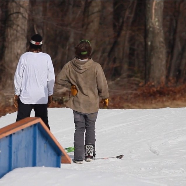 """A Dose of Spring"" Feat. Tj Than and Dan Badgley ... Link in the Bio! • 🎥🎞: @baileyfellionwflp • #snowboardvideos #lovenature #respecttheearth #bamboo #hemp #art #snowboarding #environment #artwork #makeart #makegreatart #makearteveryday #create #createdaily #snowboardingisfun #snowboardwithfriends #ridegreen #livegreen #rideart #wearart #ridepowe #wearpowe #powesnowboards #ridingisthereason #ridingislife #rideordie #vtgrown"