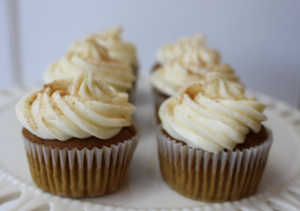 Pumpkin Spice Cupcakes with Cream Cheese Buttercream Frosting