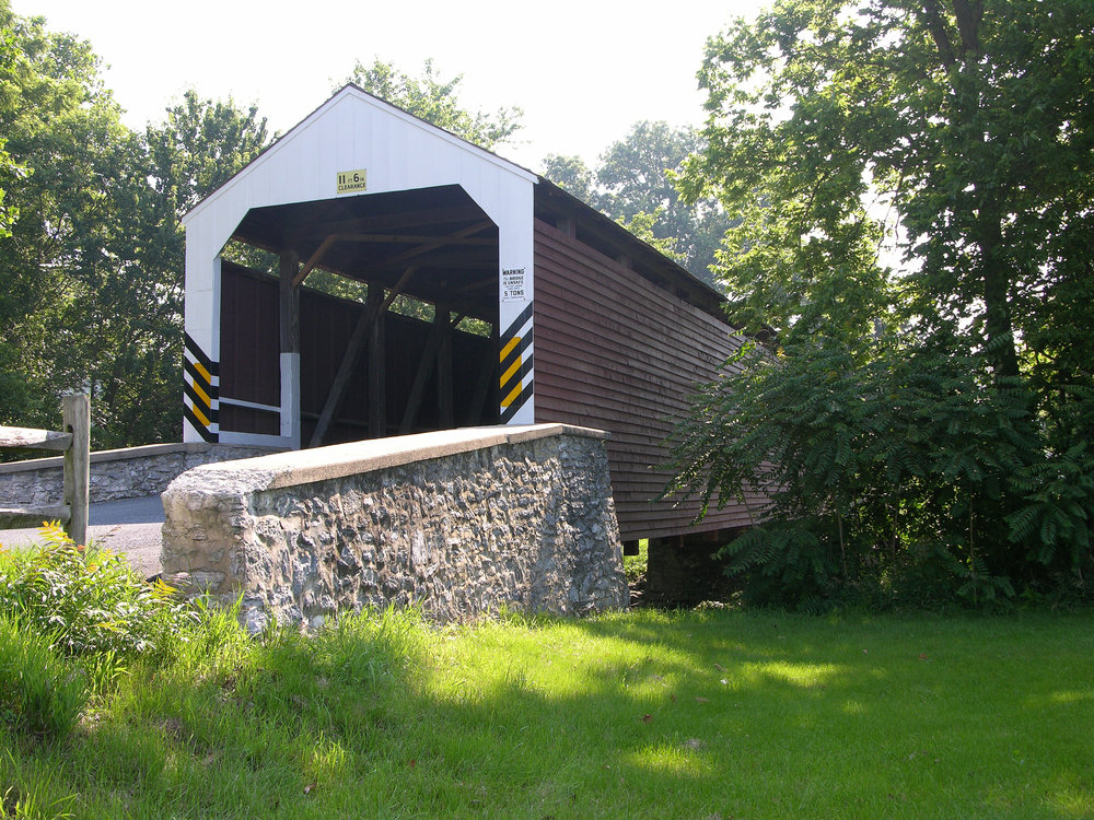 Schenck's_Mill_Covered_Bridge_Three_Quarters_View_3264px.jpg
