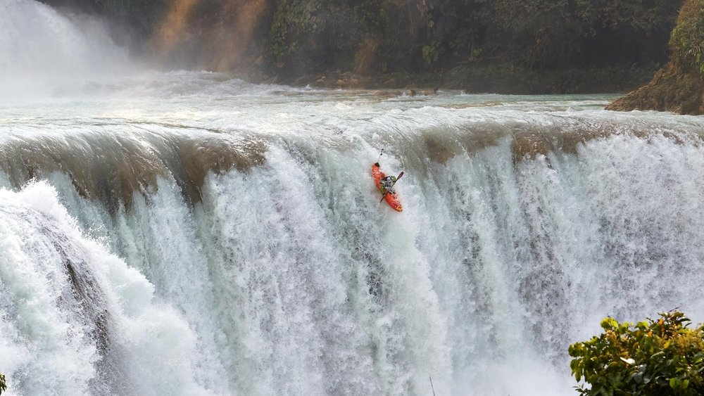 Redbull TV Media: Chasing Niagara