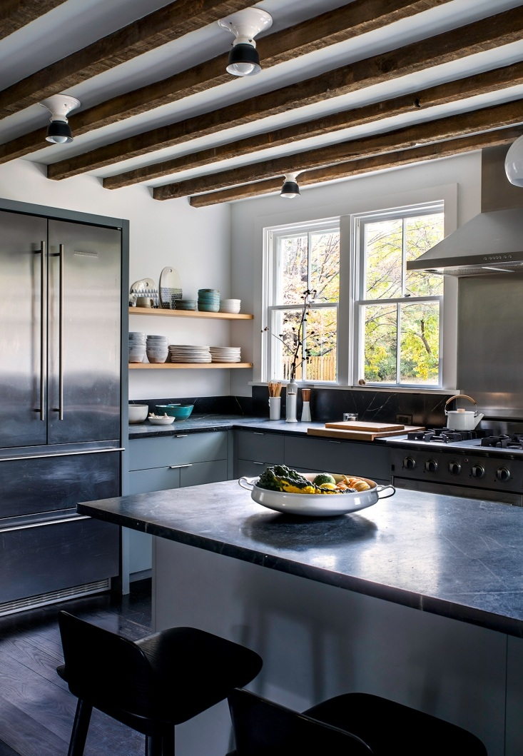 hudson-valley-kitchen-dunja-von-stoddard-full-1-733x1059.jpg