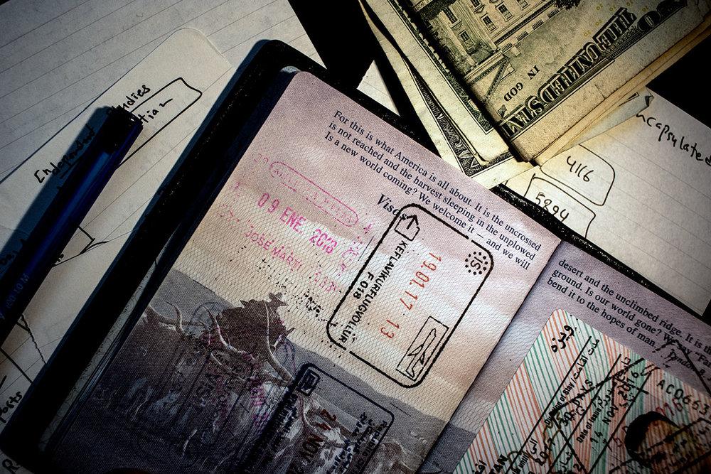 _OE_5856_MoeZoyari_Cuba_Passport_Visa.JPG