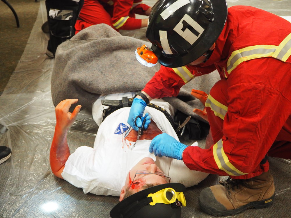 Treating a burn victim at the 2017 MERD competition