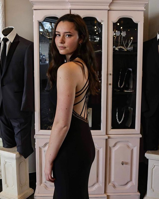 We are LIVING for this sleek back appeal! #backappeal #gowninspiration #prom2019 #promgirl #blackdress