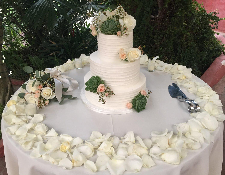 Piece of cake the best arizona wedding cakes az wedding cakes junglespirit Gallery