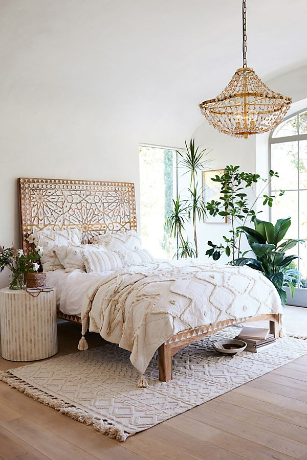 Master bedroom design inspiration by  Anthropologie