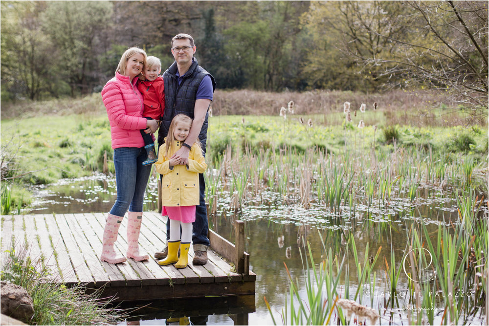 Outdoor_Family_Photographer_Cheshire_Wilmslow_Bramhall_Happy_Valley_0001.jpg