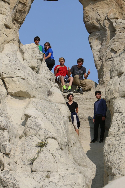 Kids in Arch.JPG
