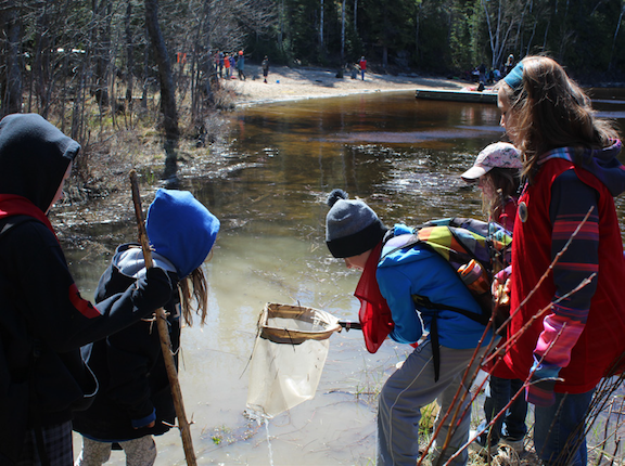 Connecting First Nations youth and freshwater research