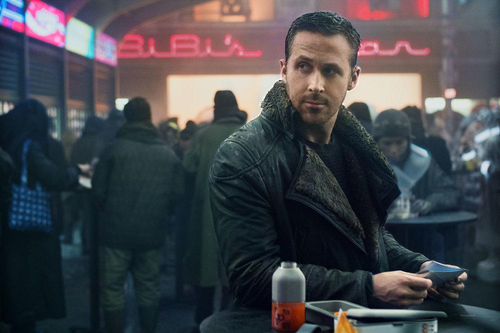 Ryan-Gosling-Blade_Runner_2049__2565_68310_l.jpg
