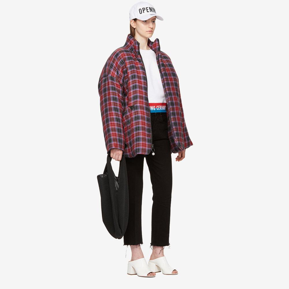 vegan-bags-mm6-maison-margiela-black-mesh-shopping-tote-2.jpg