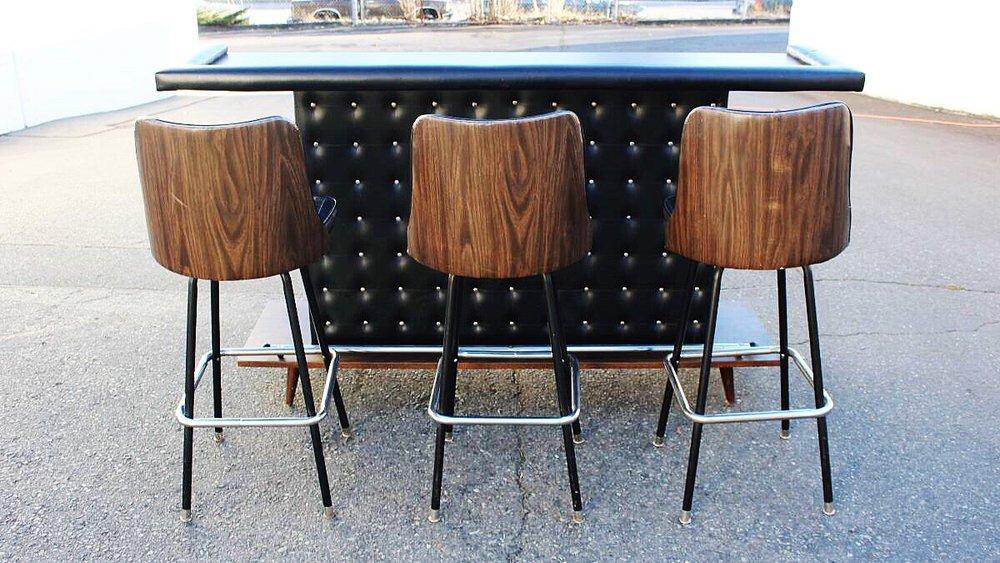 Attirant Midcentury Modern Freestanding Bar U0026 Barstools