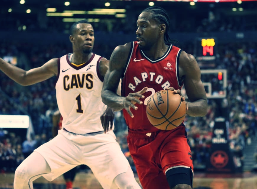 KAWHI LEONARD MAKING HIS DEBUT AS A TORONTO RAPTOR ON OCTOBER 17, 2018 AGAINST THE CLEVELAND CAVALIERS, PLAYING 37 MINUTES WITH 24 POINTS AND 12 REBOUNDS DURING HIS DEBUT. Photo via USA Today.