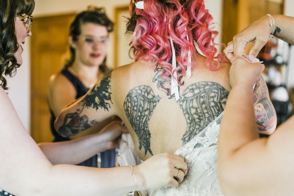 knoxville wedding photographer getting ready winx photo