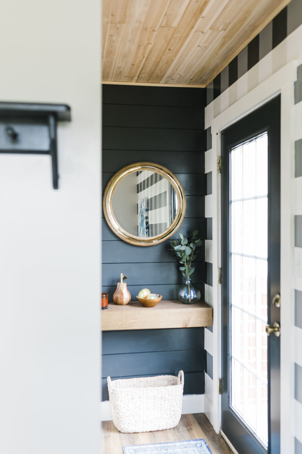 shiplap charcoal gingham wall cedar tongue and groove knoxville commercial interior photographer