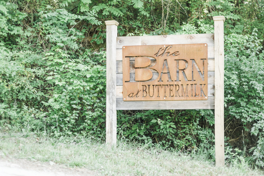 the barn at buttermilk knoxville tn