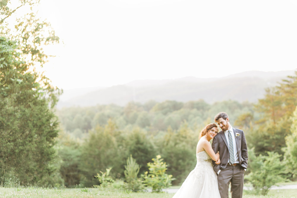 great smokey mountain wedding