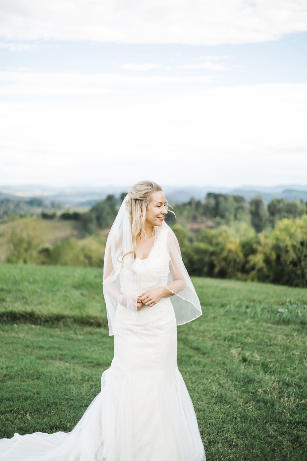 Tennessee wedding venue with Mountain View