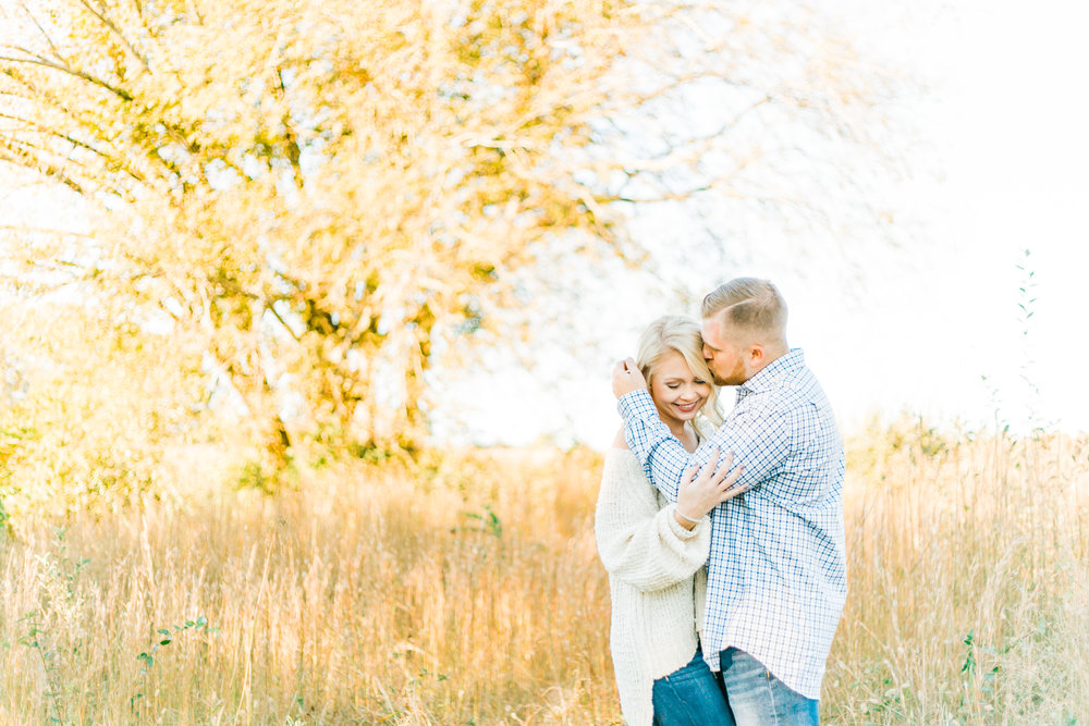 engagement photos at melton hill park in fall