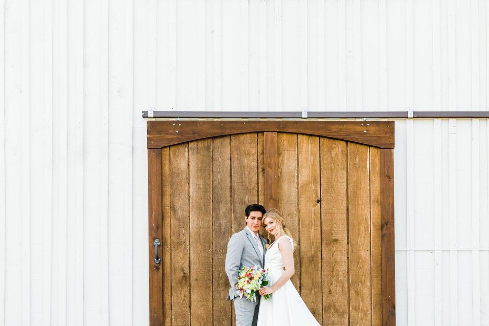 barn doors at maypop fields in East Tennessee wedding venue