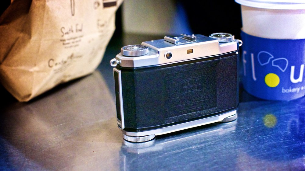 zeiss-ikon-contina-camera-review-6.jpg