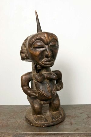 A 20th Century African fertility figure    Sold