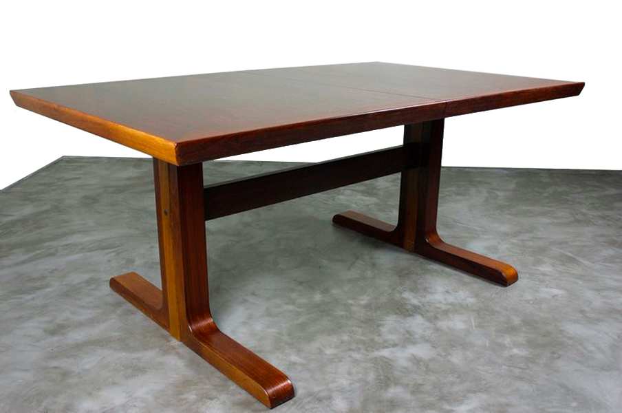 1970's Rosewood Extending Dining Table