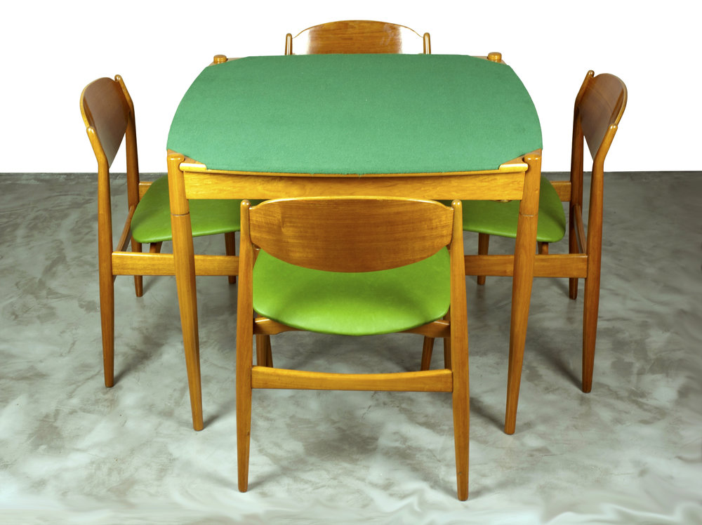 Games/Dining Table designed by Gio Ponti with 4 Chairs