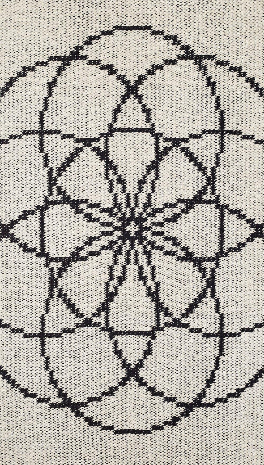 JJ0136  Wool & linen. 114 x 186 cm.