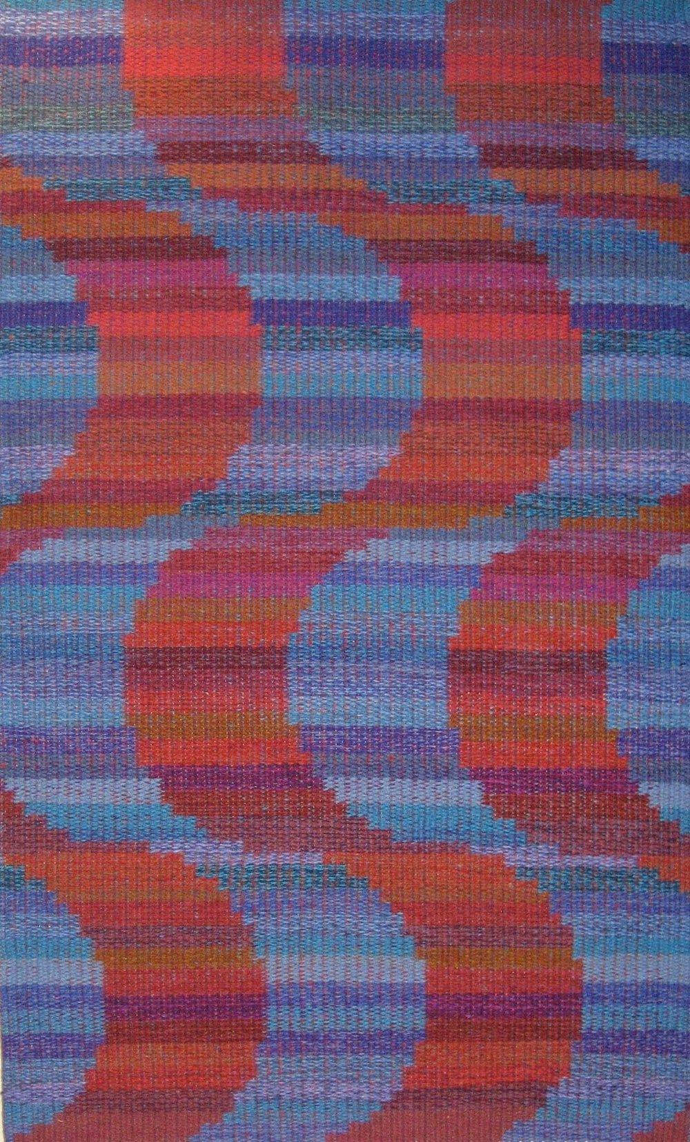 JJ0117. 'Calçada Portuguesa'. Wool & linen. 105 x 101 cm.