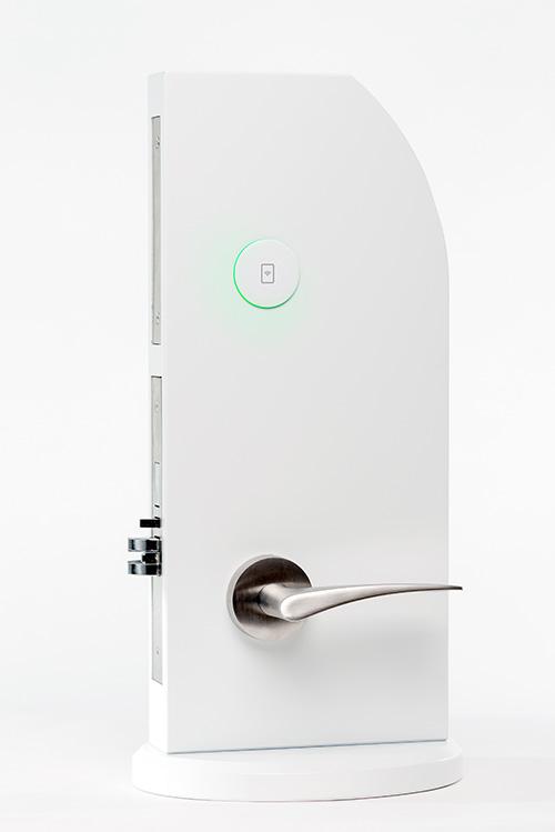 ESSENCE RFID   Serratura elettronica RFID. Apertura serratura tramite schede, portachiavi, braccialetti e telefoni cellulari.