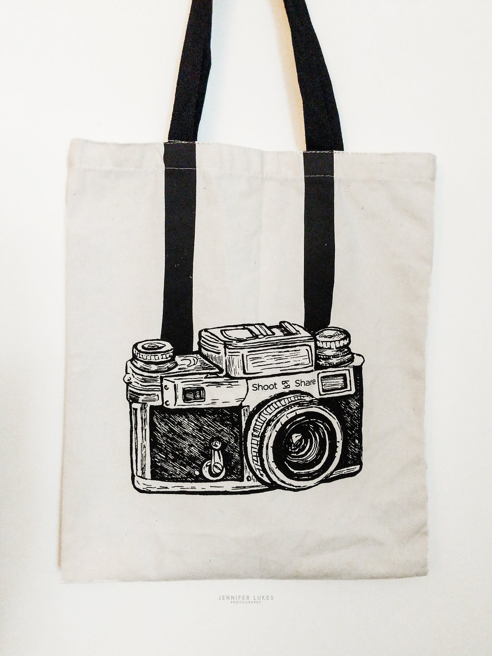 The 2018 shoot and share tote bag for going all in with 50 images.