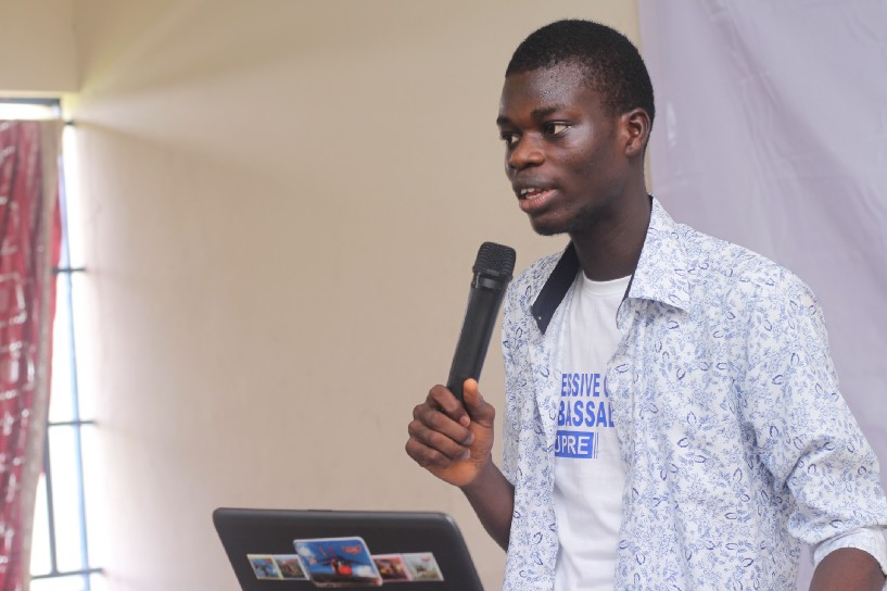 Mr Ereyomi demystifying HTML 🔥