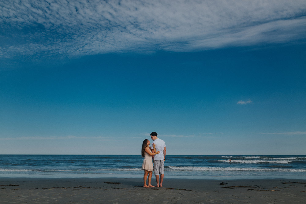 New_Jersey_Wedding_Photography_Engagement_Session_Beach_Session_Couple_019.jpg
