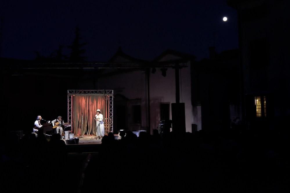 AMORE AI TEMPI DEL COLERA | Laura Marinoni2.jpeg
