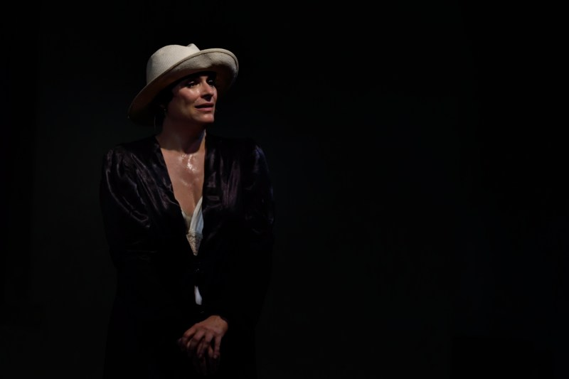 AMORE AI TEMPI DEL COLERA | Laura Marinoni3.jpeg