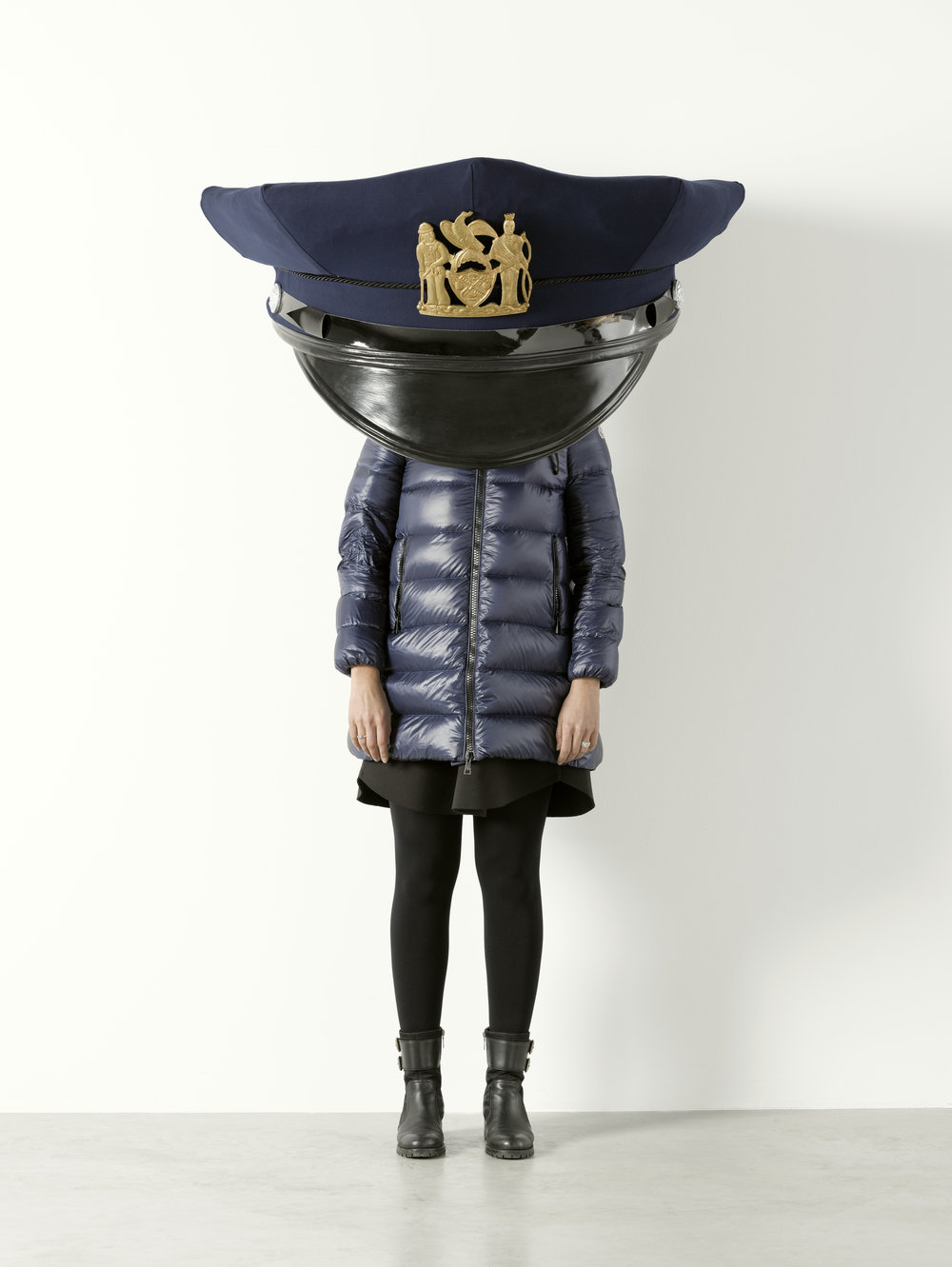 Erwin_Wurm_New_York_Police_Cap_Gold_1.jpg