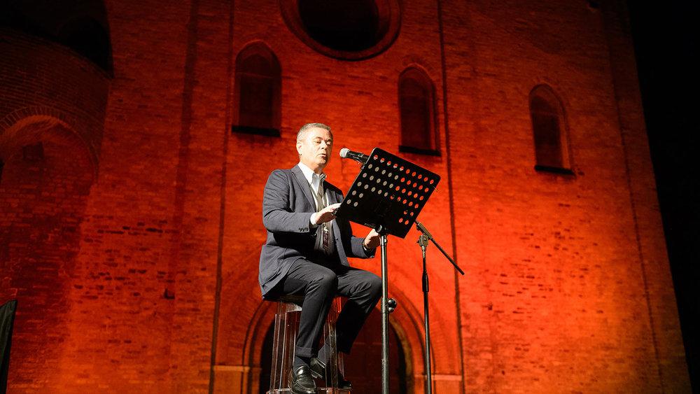 Ezio-Mauro--I-due-trni-della-Rivoluzione----foto-di-Giacomo-Maestri.jpg