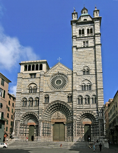 800px-Cattedrale_di_San_Lorenzo_Genoa.jpg
