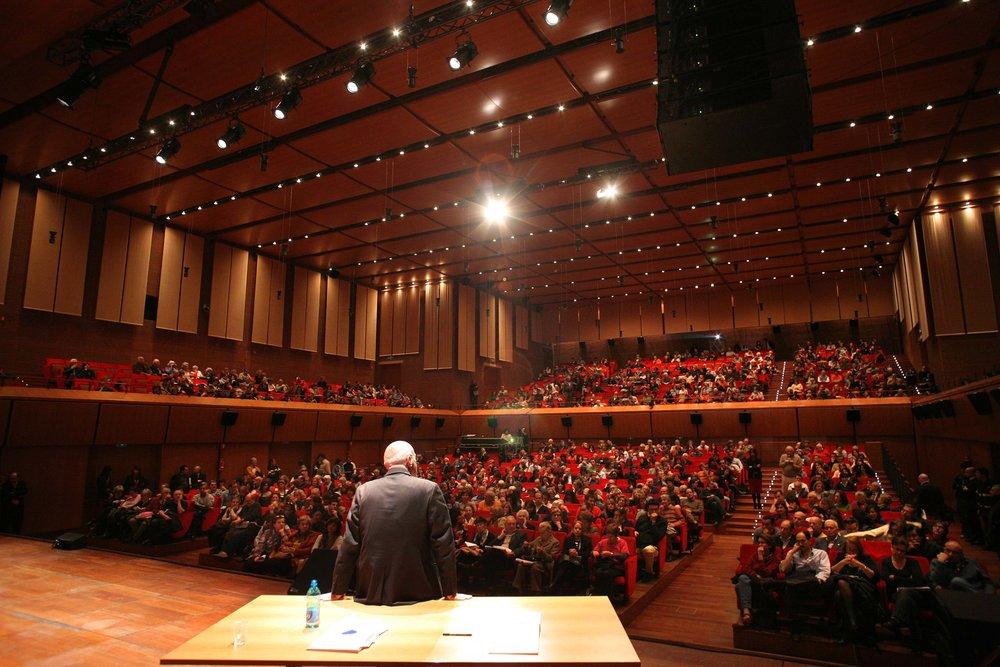 Roma, Auditorium Parco della Musica 13 04 2008Lezioni di Storia - Ilvo Diamanti '1992. Tangentopoli'. � Riccardo Musacchio & Flavio Ianniello*******************************************************NB la presente foto puo' essere utilizzata esclusivamente per l' avvenimento in oggetto o per pubblicazioni riguardanti la Fondazione Musica per Roma********************************************************