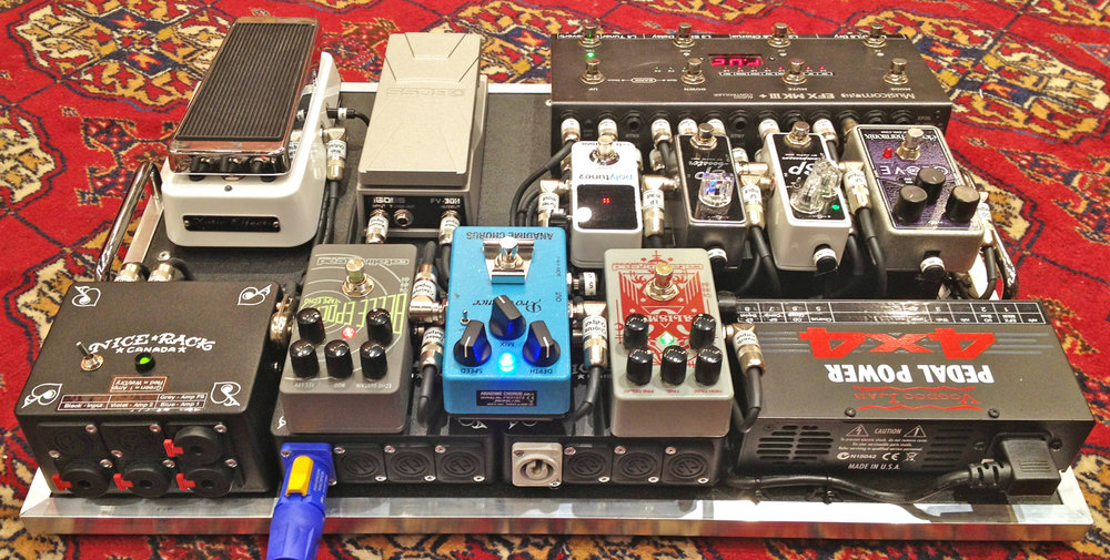 Grab_and_Go_Pedalboard_Guitar_Rig_5.jpg