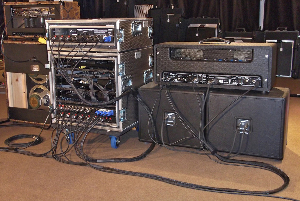 Switchblade_Guitar_Rig_Rear_01.jpg