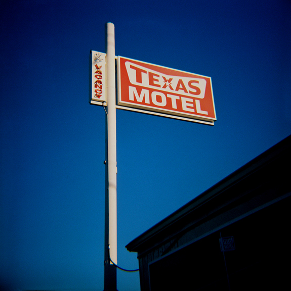 TEXAS MOTEL - WEB .jpg