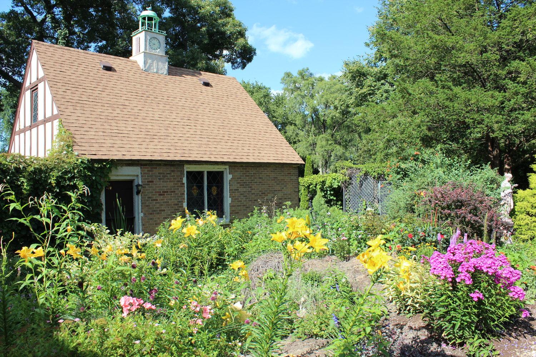 House & Garden Tours — Weber House & Garden