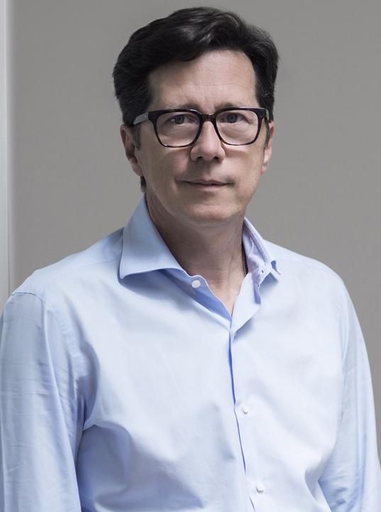 Eric Giroud. (Designer)