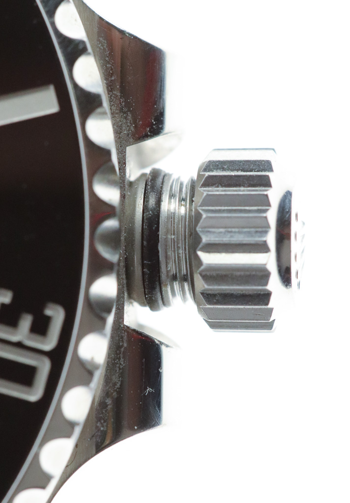 Crown loosened in winding position, showing outer tube seal