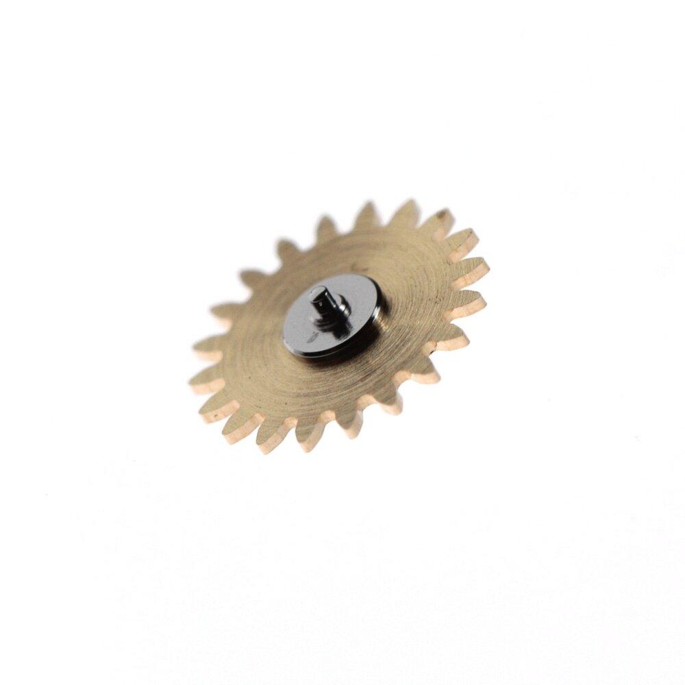 Intermediate minute wheel