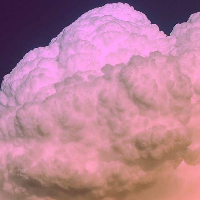 We love clouds 😋